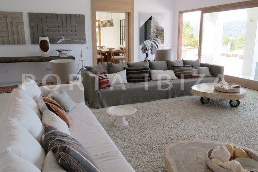 livingroom-luxury property-fantastic sea views-sunset views-cala tarida