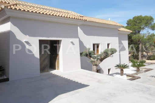 luxury property-fantastic sea views-sunset views-cala tarida