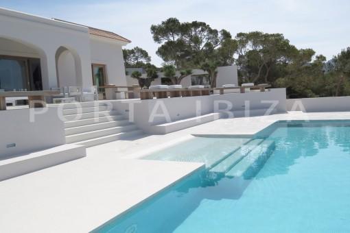 pool & terrace-luxury property-fantastic sea views-sunset views-cala tarida