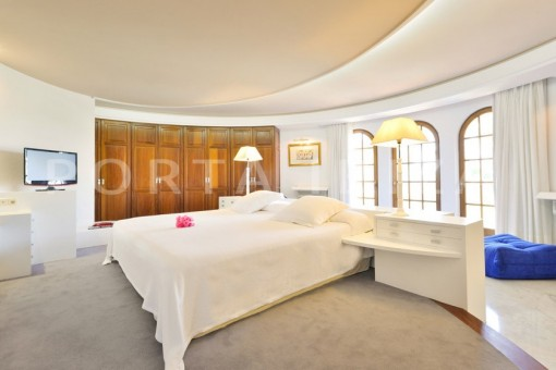 bedroom4-villa-roca llisa