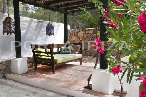 chill out porroig finca