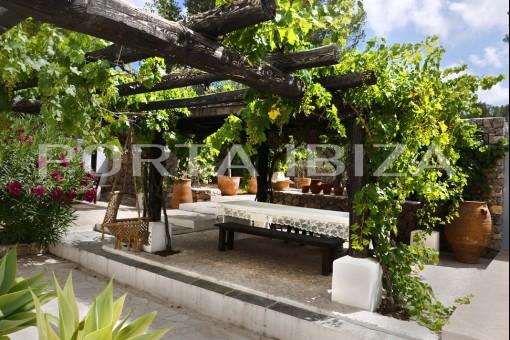 terrace finca porroig