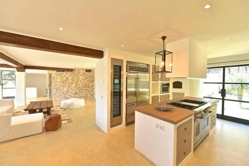 Salón abierto y cocina